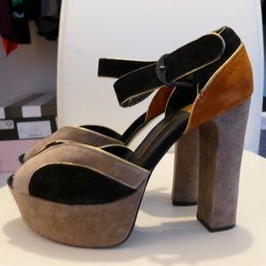 70s Style Platform Heels
